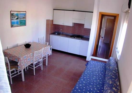 Apartment Rosa with 2 Rooms Villasimius Center