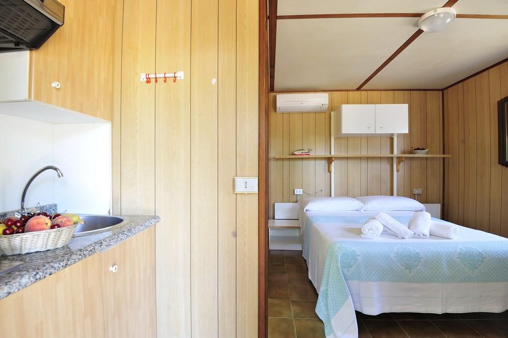 Bungalow 1 chambre Camping Bord de mer Ogliastra Sardaigne Orientale