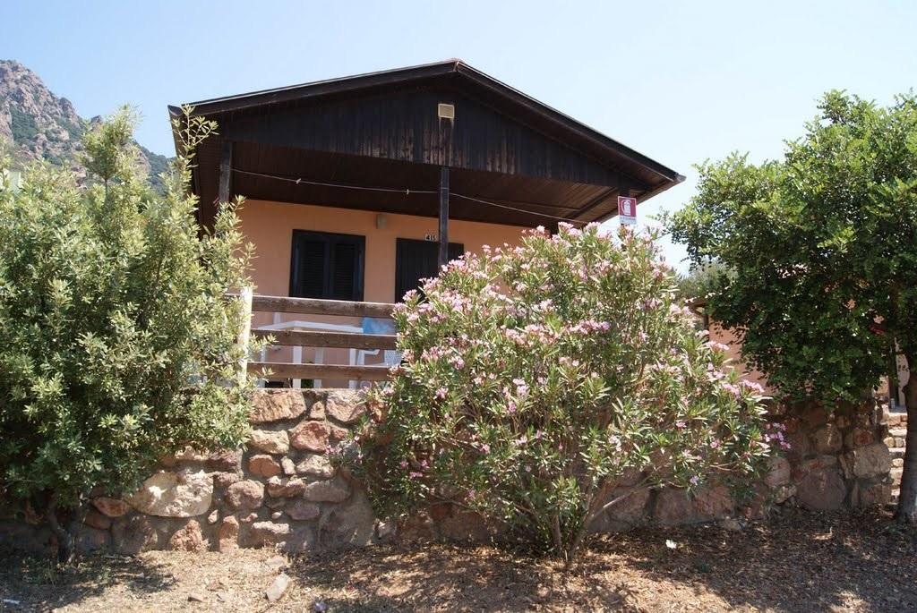 Bungalow 2 chambres Camping Village Bord de mer Ogliastra Sardaigne Orientale