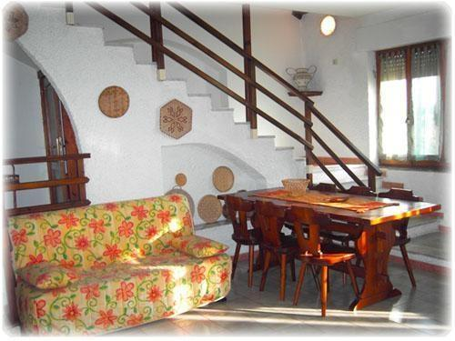Independent Villa facing the sea, 100 m from the Beach of Badesi