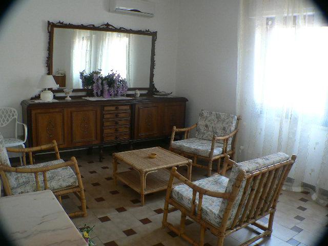 Apartament Bouganville Cztery Pokoje w Centrum Puli Sardynia