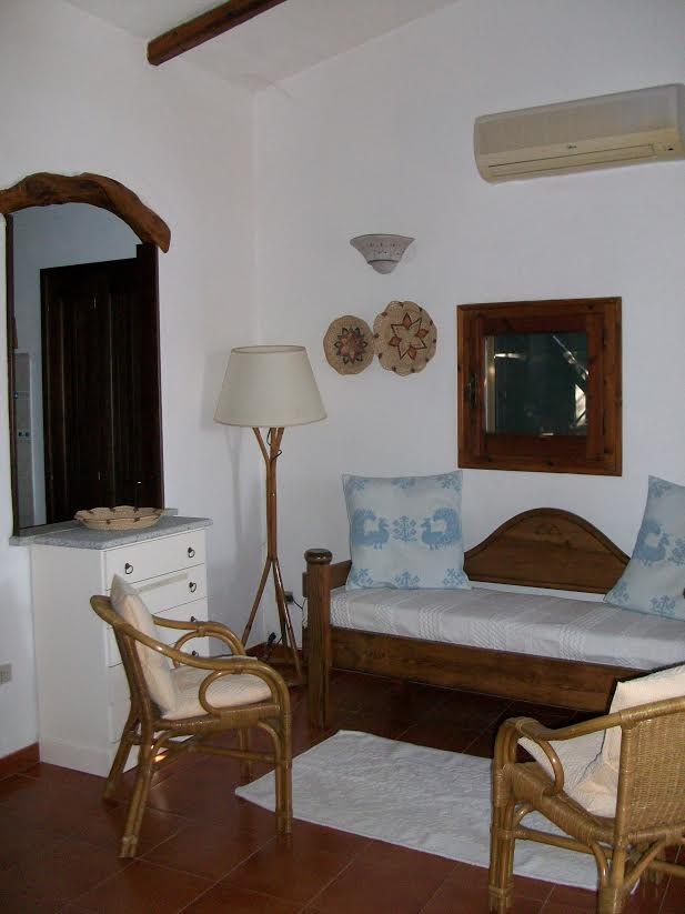 Apartment Vacant with sea view 50m from beach Cala Girgolu San Teodoro