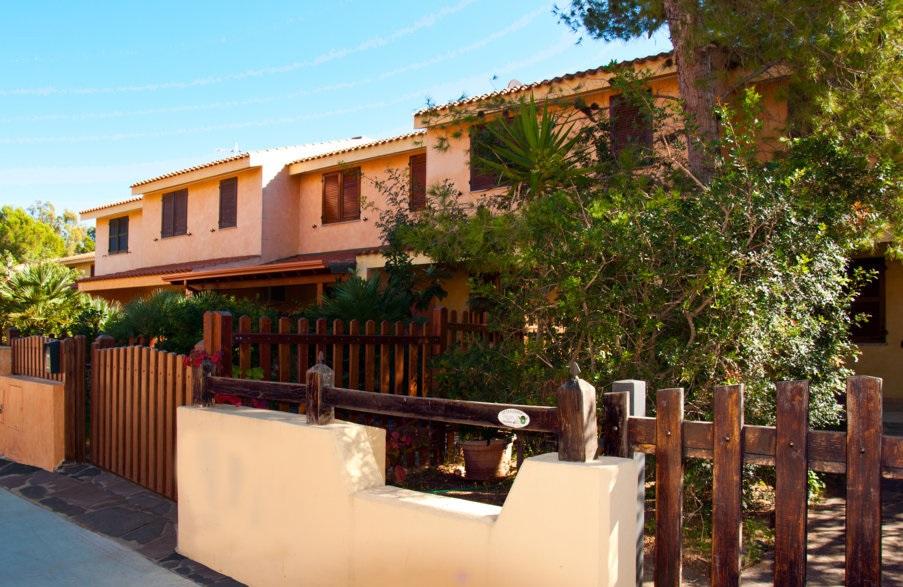 Residenz Porto Pino 3-Zimmer-Apartment 8 Personen