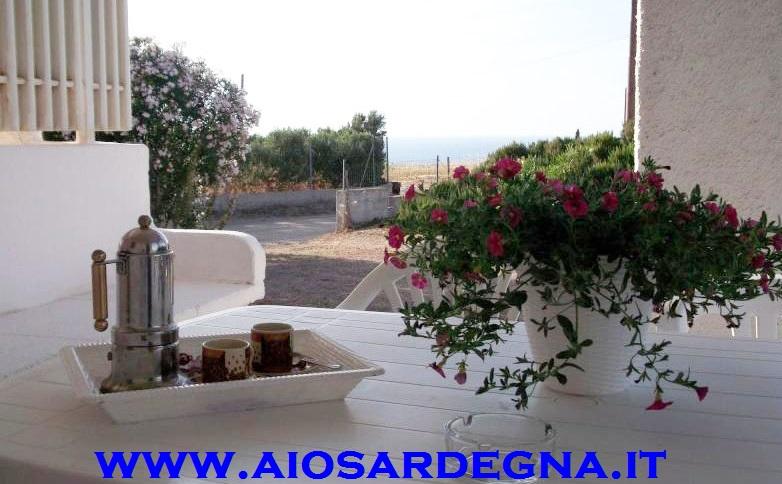 Location vacances Pieds dans l'eau plage San Pietro Valledoria