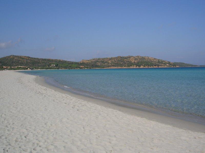 Villa holidays San Teodoro 800m beach 7 pax