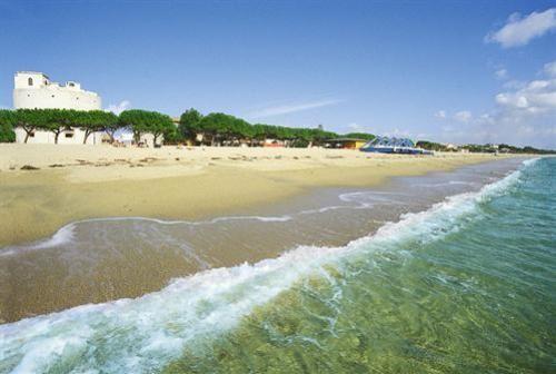 Wynajem Torregrande w odległości 100 metrów od plaży