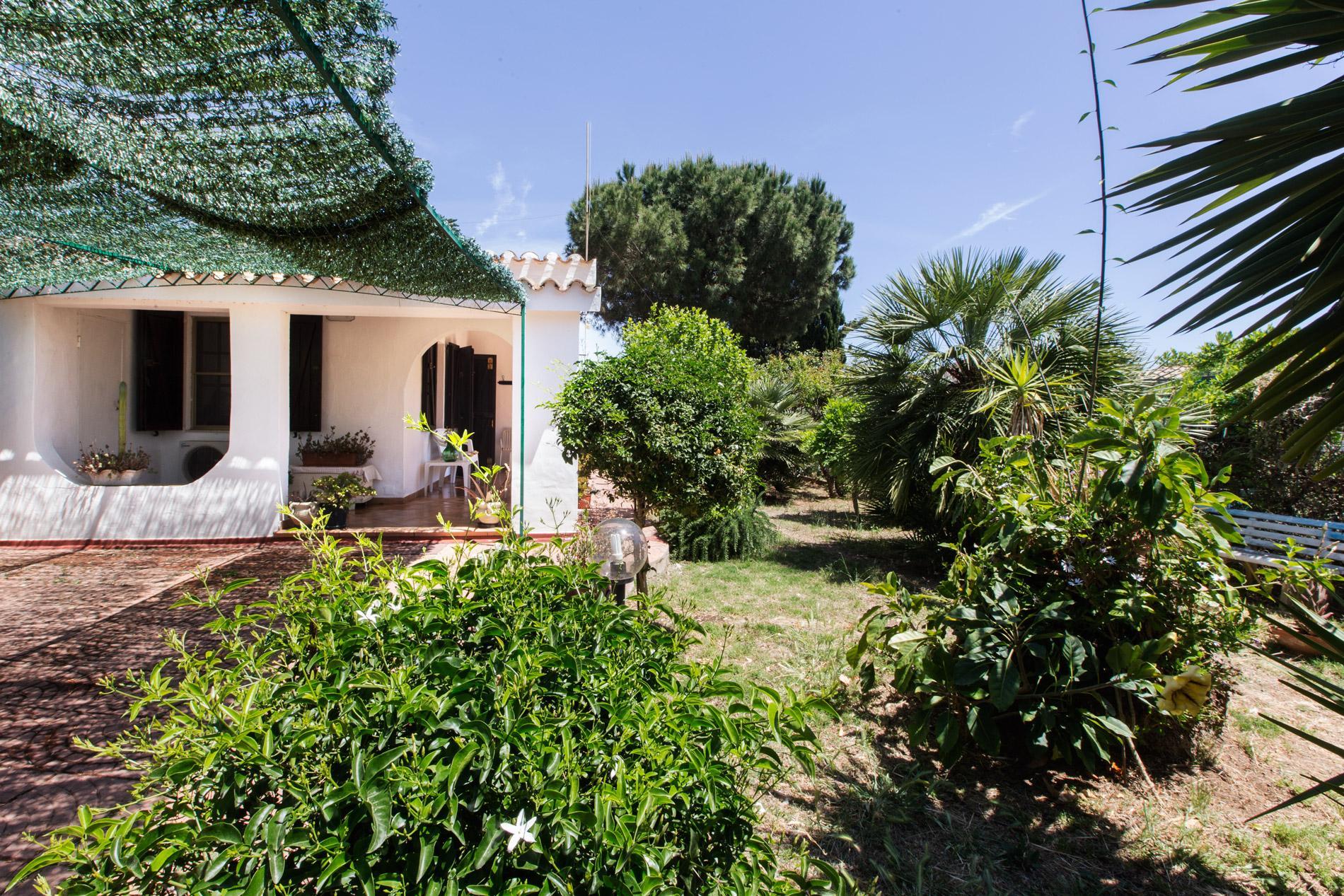 Willa dom w Pizzarro 250 m od morze Porto Columbu Pula