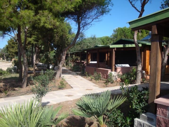 Bungalow Mobil-Home Camping Village mit Pool am meer in Alghero, Sardinien