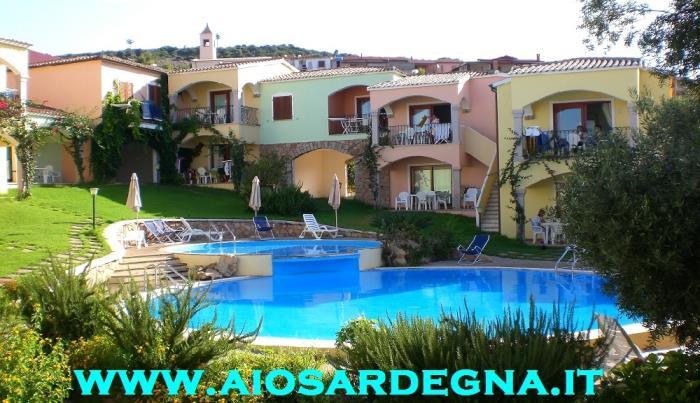 Ferienhaus Studio in einer residenz mit pool Badesi Sardinien Nord