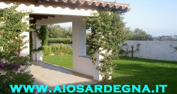 Holiday rentals San Teodoro for Rent villa with garden 2 bathrooms the beach