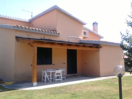 Location Vacances Sardaigne Sud Santa Margherita di Pula Villa avec jardin bord de mer