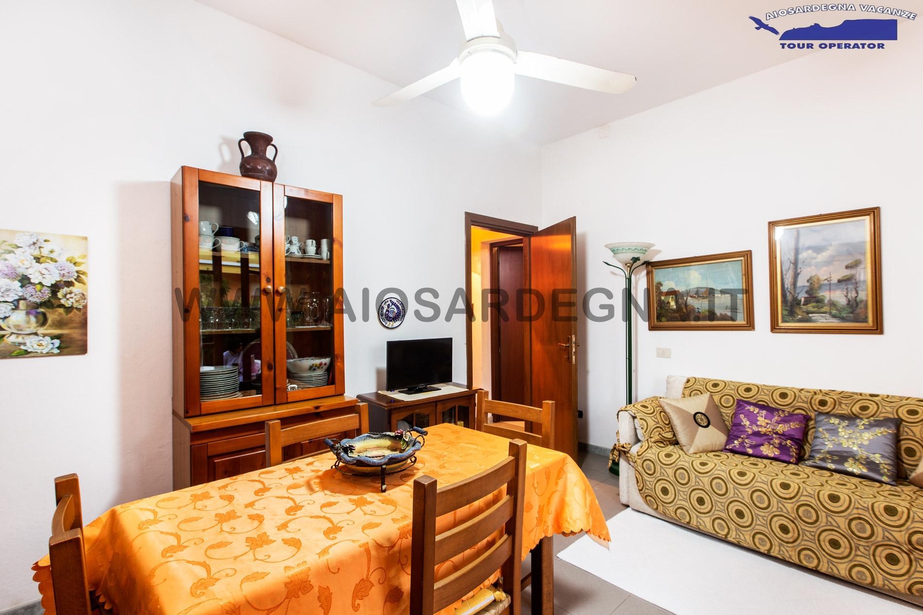 House 1 Bilo with Garden, Wi-fi Pula Sardinia