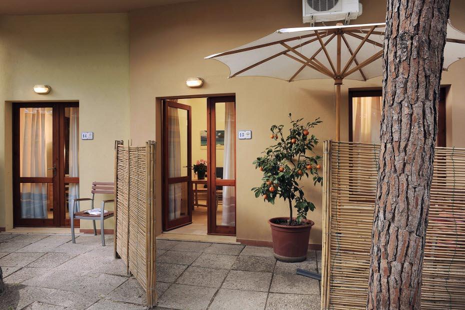 B4 Junior Suite Pinus Village 200m away from Beach Santa Margherita di Pula