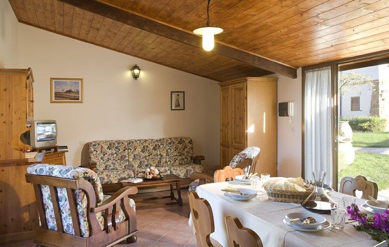 Apartment 3 Rooms in Residence Village with swimming Pool in Alghero