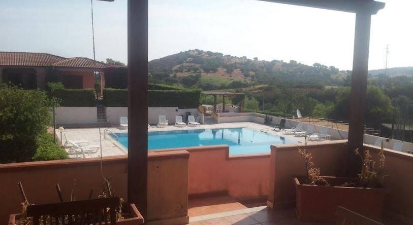 Апартаменты в Резиденции в Сан Теодоро 8 с бассейном