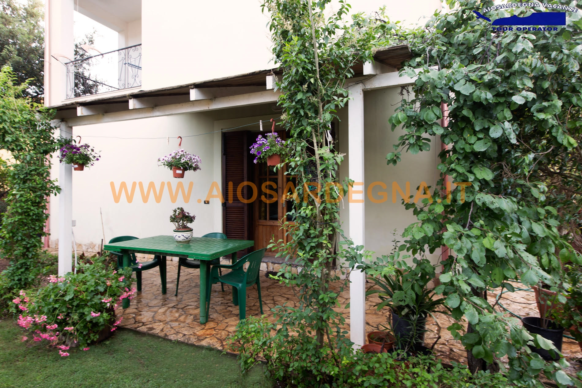 House 3 Apartment on the ground floor with veranda and garden Pula