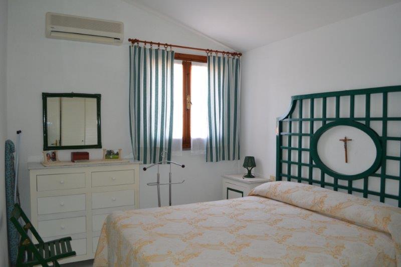 Вилетта Уиливи 3 Из Молас в Пуле, Сардиния