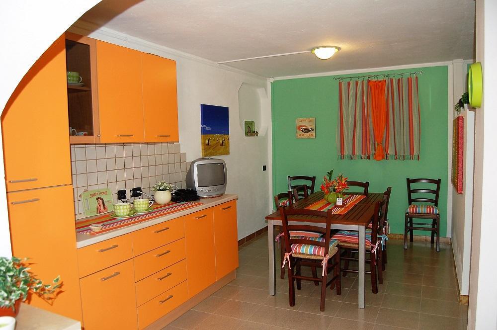 Apartament Bilokale 900 m od Morze w Porto Pino