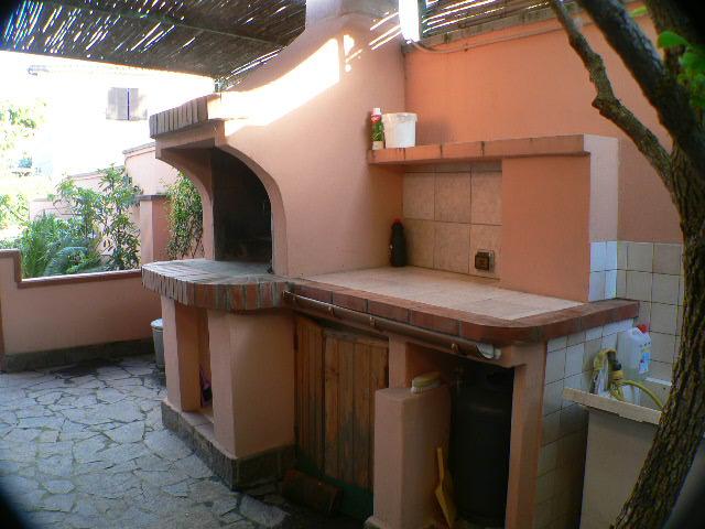 Дом Личя Двухкомнатная Квартира с Садом в Пуле
