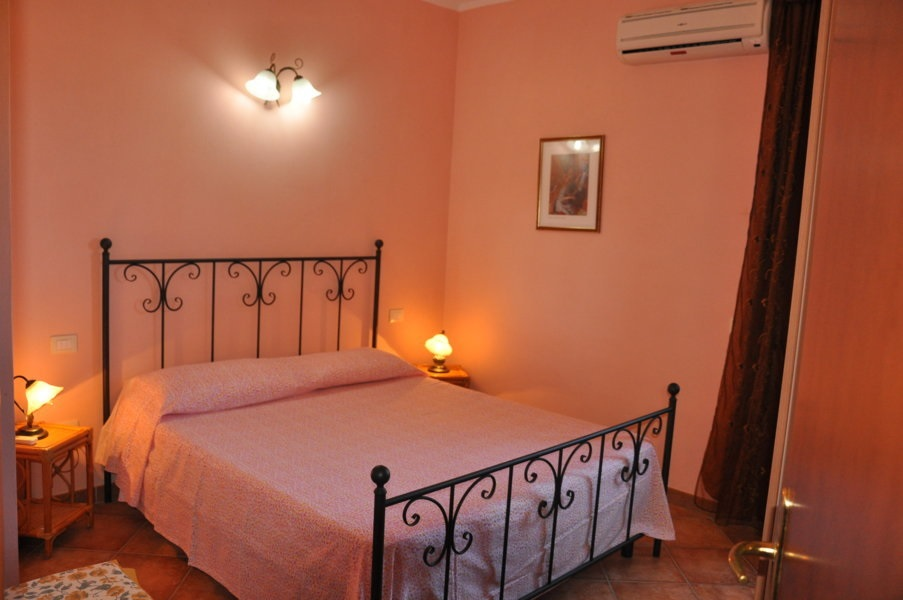 Residence Porto Pino Apartment 2 Bedrooms 4 Persons