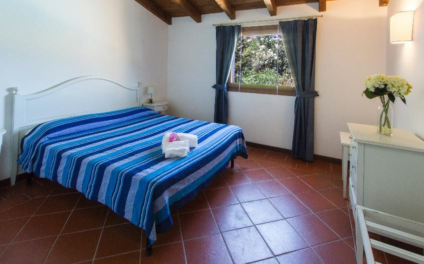Residence Towns of Stintino Villa for 8 persons with swimming pool
