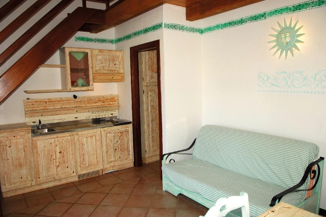 Residence Resort San Teodoro Villa mit 3 schlafzimmern, 6 personen