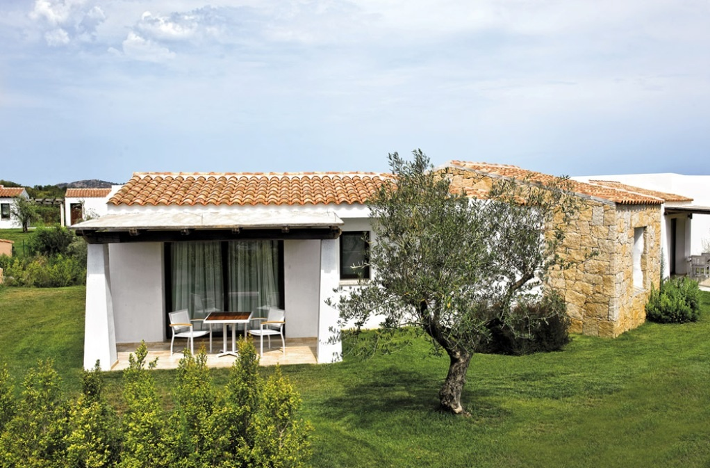 Трехкомнатный Комфорт в Резиденции Монте Петруозу Сан Теодоро