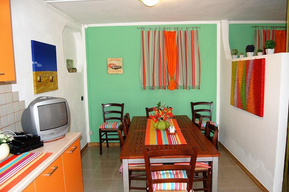 Porto Pino Appartement 2 piéces rdc 900m mer