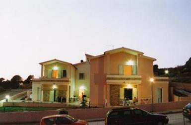 Appartamenti Vacanza Trilocali a Badesi