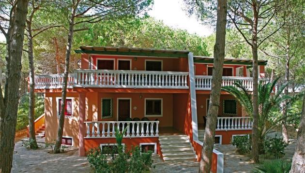 Apartamenty czterylokale w Rezydencja SA PRAMA w Cala Liberotto
