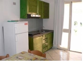 Casa Vacanza 9 Trilocali in Residence Badesi