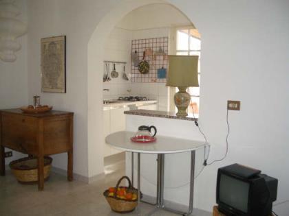 Casa Licia Appartamento con Giardino Centro di Pula
