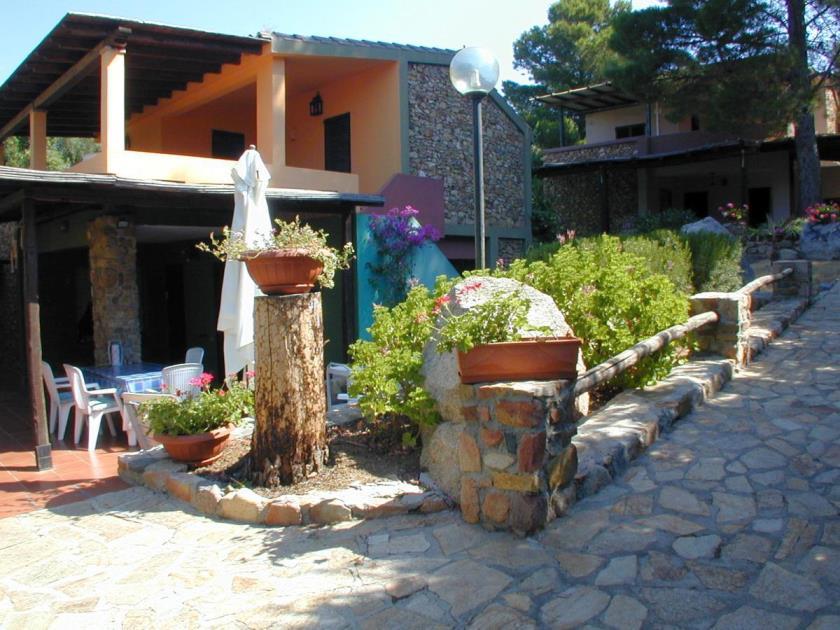 Casa Toni Is Traias 150m mare Villasimius