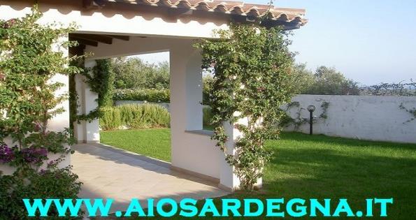 Holiday rentals San Teodoro for Rent villa with garden 2 bathrooms the beach