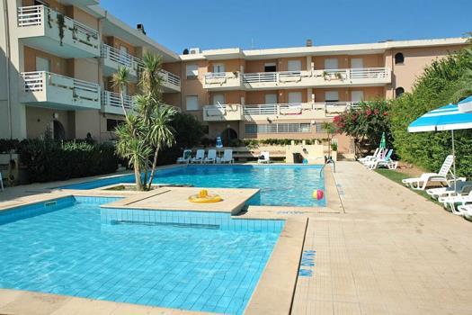 Bilocale in Residence con piscina fronte mare a Alghero