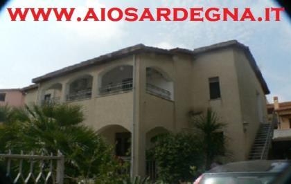 Appartamento Bouganville Quadri Centro di Pula Sardegna