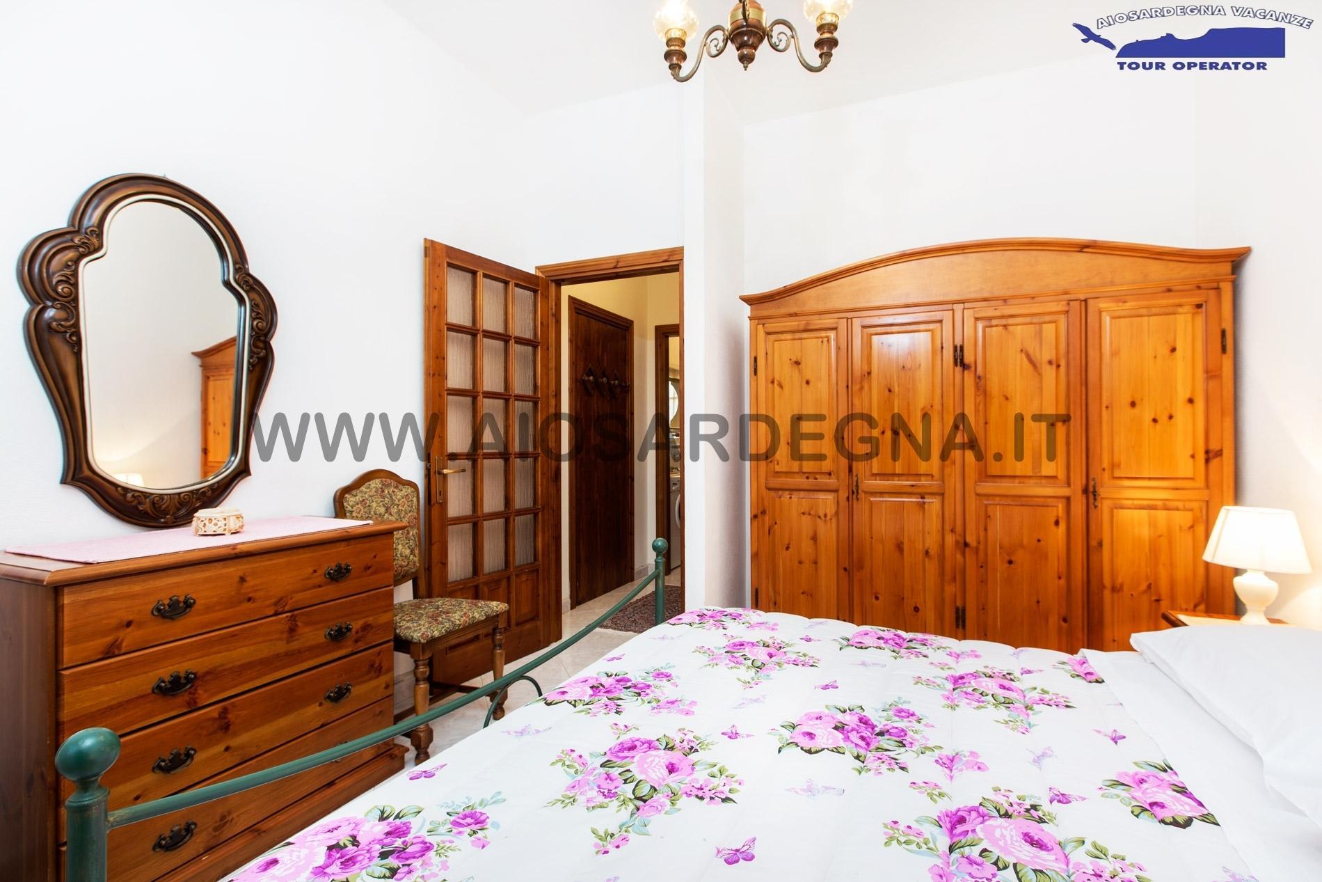 Casa Due WiFi appartamento Trilo con giardino Pula Sardegna