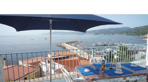Appartamento Trilo Vista sul porto Cala Gonone